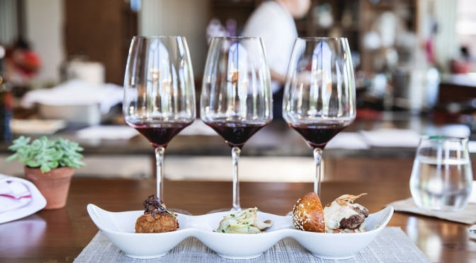 Corso sull'abbinamento tra cibo e vino